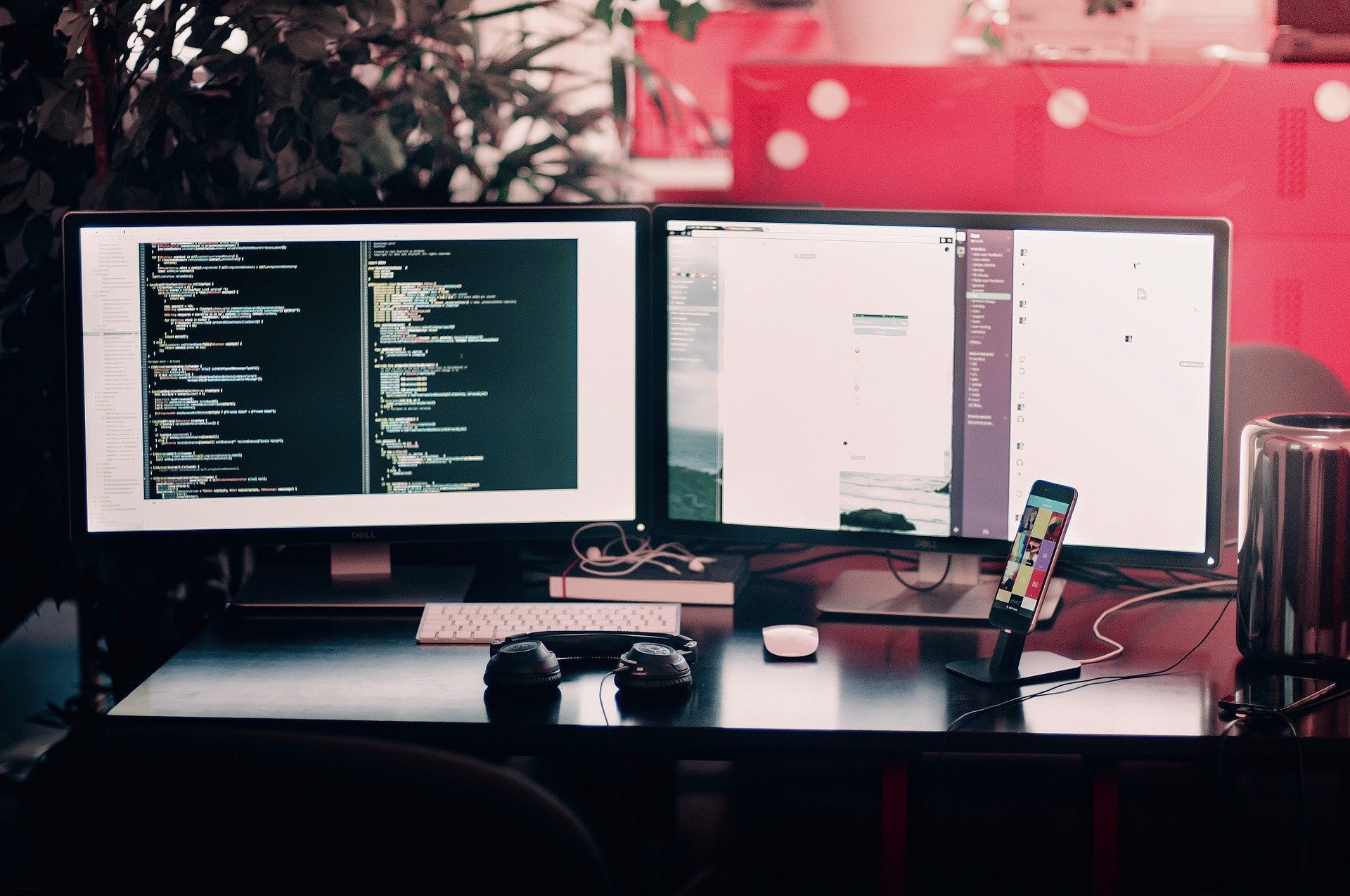 computerschermen met code